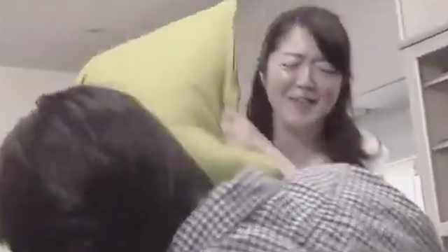 日本遭家暴男性激增,妻子们这样说